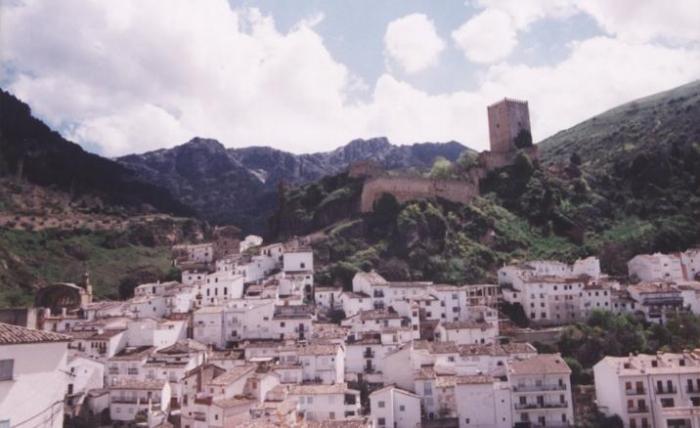 Postal del Castillo de la Yedra en Cazorla
