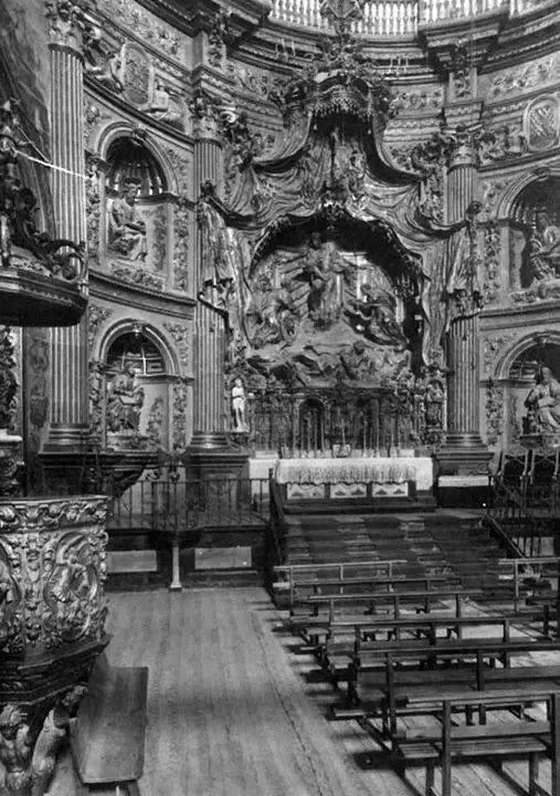 El san juanito en el Retablo - Guerra Civil en la Capilla del Salvador