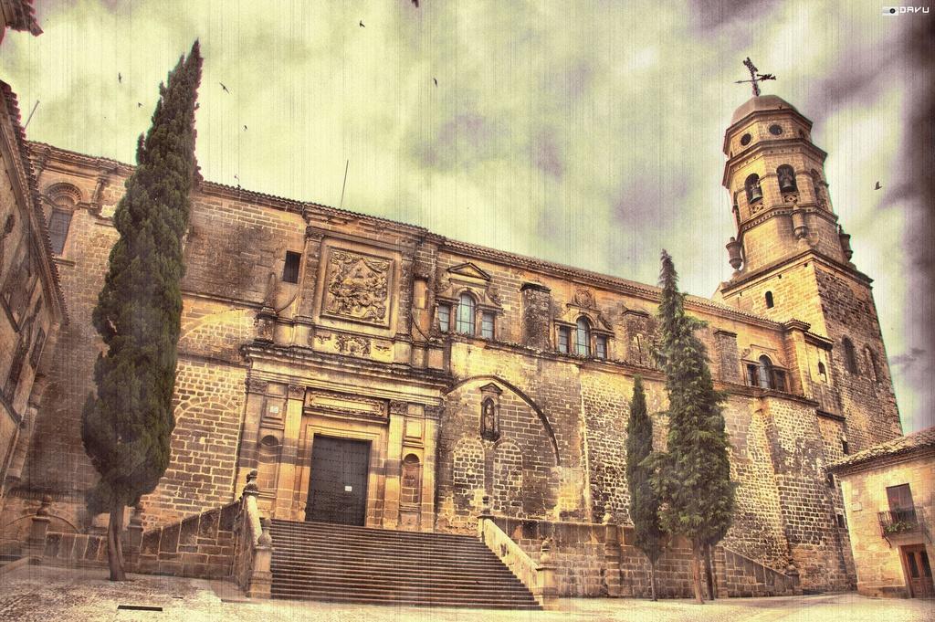 fachada de la catedral de Baeza