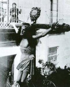CYg3a8wWYAA2LcZ 243x300 - Semana Santa en el recuerdo; Úbeda.