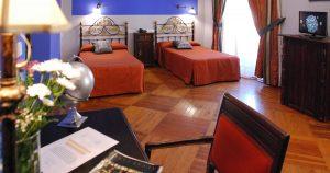 gal 0122 B 300x158 - Hotel Alvar Fañez: Encanto y Localización