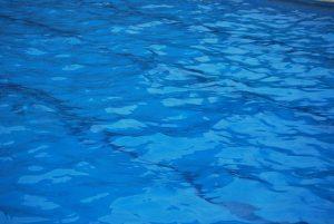 piscina 300x201 - Dónde bañarse en Úbeda y Baeza