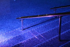 pool swim swimming pool 101600 960 720 300x200 - Dónde bañarse en Úbeda y Baeza