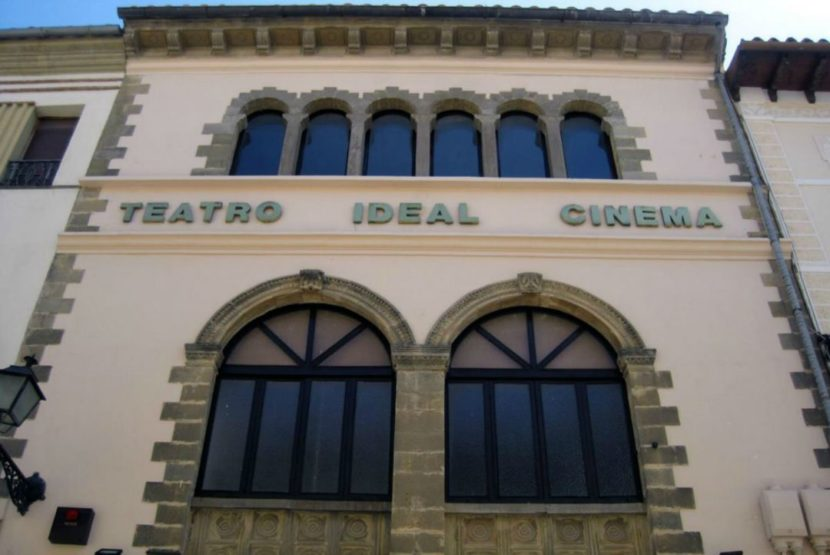 "teatro ideal cinema 830x555 - El Teatro Ideal Cinema y la ruta temática ""Úbeda de Cine"""